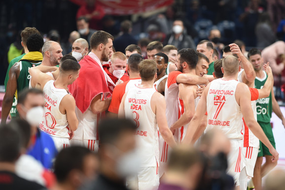Još jedan derbi i četvrta utakmica U SEDAM DANA! Košarkaši Zvezde na velikom ispitu nakon iscrpljujućeg poraza u Moskvi