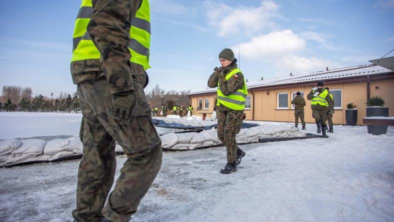 Żołnierze Wojsk Obrony Terytorialnej PAP/Szymon Łabiński