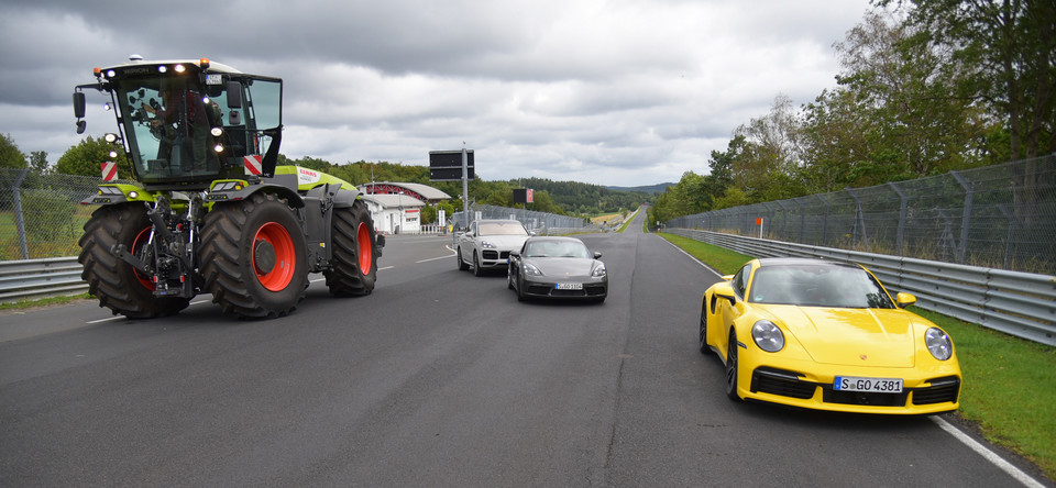 Claas Xerion na Nordschleife