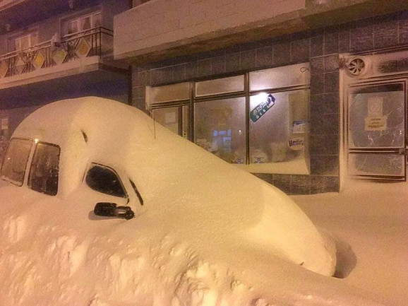 Sjenica, sneg