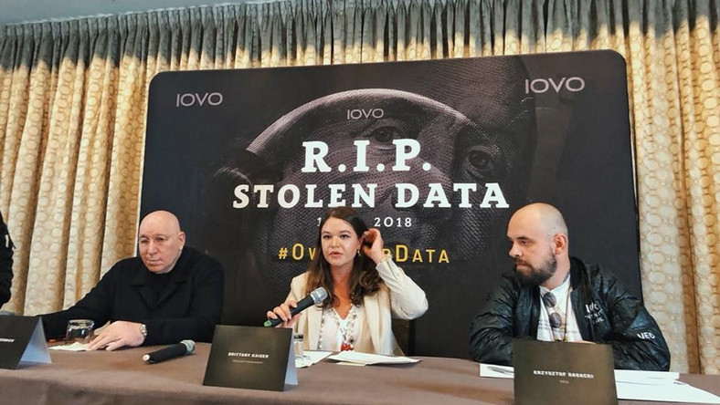 Od lewej: Jeffrey Wernick, Brittany Kaiser, Krzysztof Gagacki