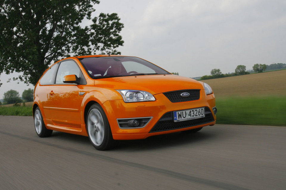 Ford Focus II ST -2.5/225 KM