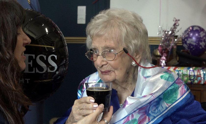 Doris Olive Netting