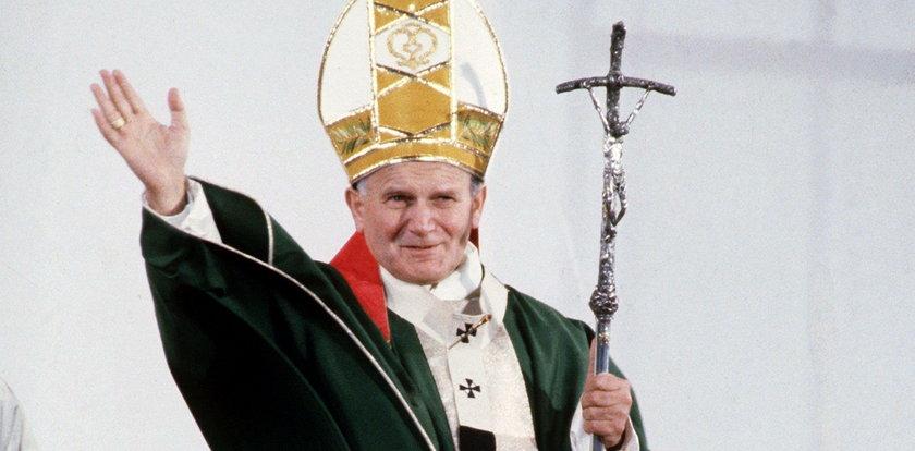 Biegają na całym świecie, by uczcić Jana Pawła II