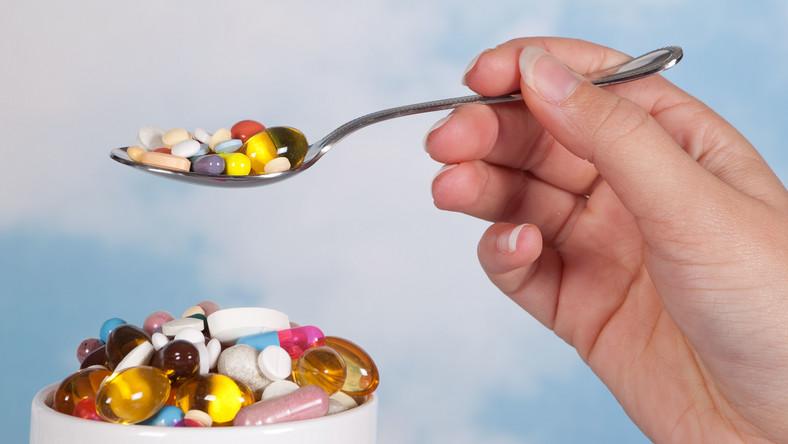 Rośnie wartość sprzedaży leków na receptę