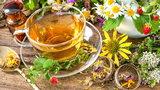 Herbaty ziołowe, które pomogą Ci zadbać o zdrowie i urodę