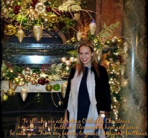 Marijana Mateus vam želi srećno Badnje veče!