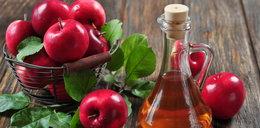 Ocet jabłkowy z miodem i wodą. Zapobiega niemal wszystkim dolegliwościom