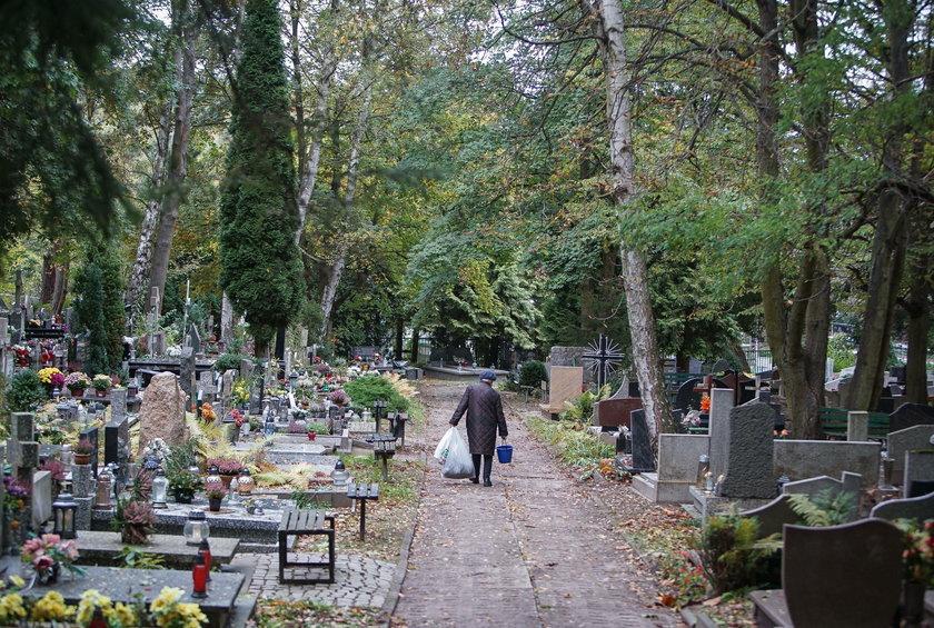 Cmentarz Srebrzysko w Gdańsku.