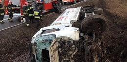 """Wypadek cysterny na krajowej """"55"""". Ranny kierowca"""