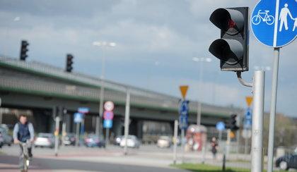 Montują ukryte kamery, kierowcy mają się bać. Oto lista miejsc