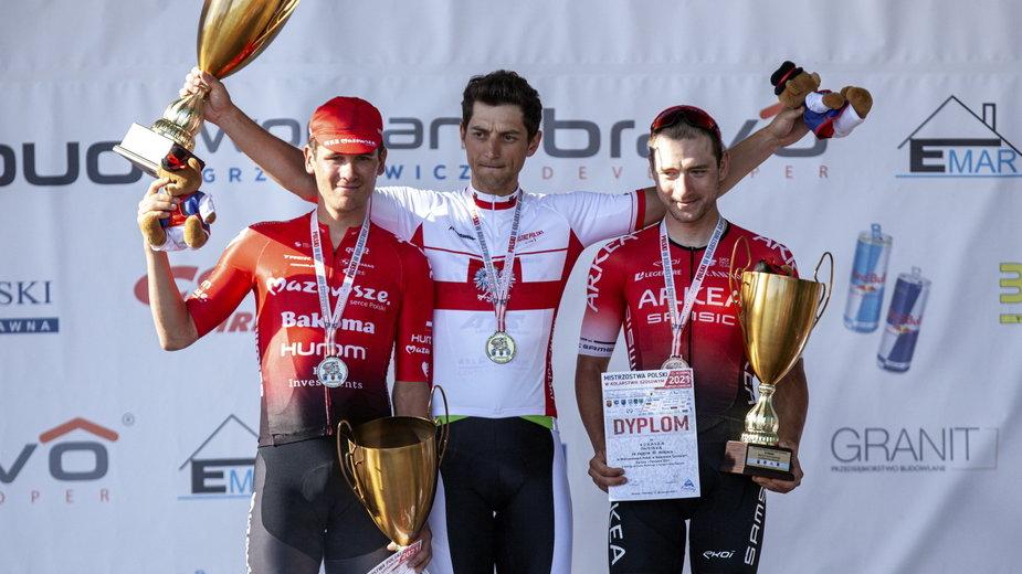 Od lewej: Alan Banaszek (2. miejsce), Maciej Paterski (zwycięzca) i Łukasz Owsian (3. miejsce)