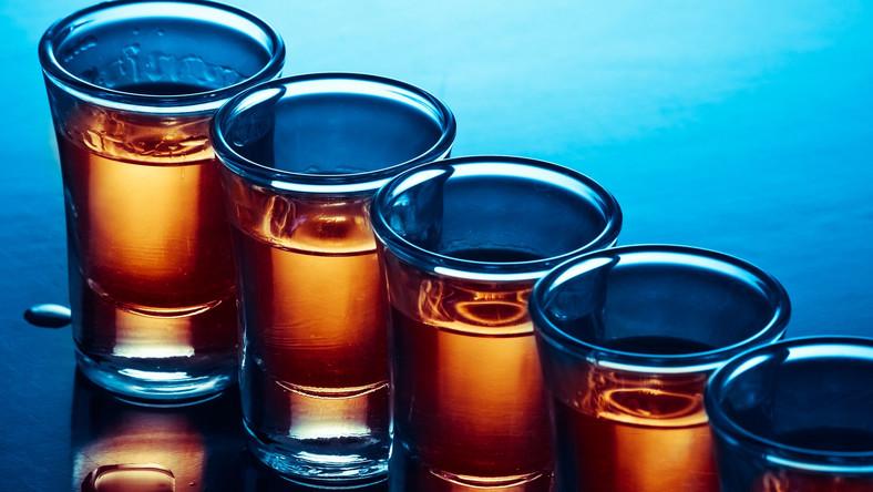 Osiem osób trafiło do szpitala na Słowacji po wypiciu zatrutego alkoholu