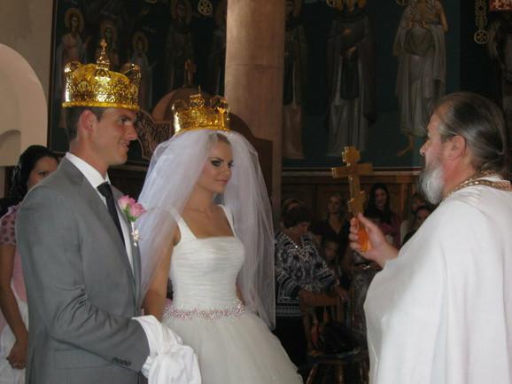 Nikolina i Frank obavili su građansko venčanje u Kanadi, a crkveno u Srbiji