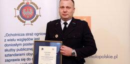 Policjant- strażak odebrał nagrodę