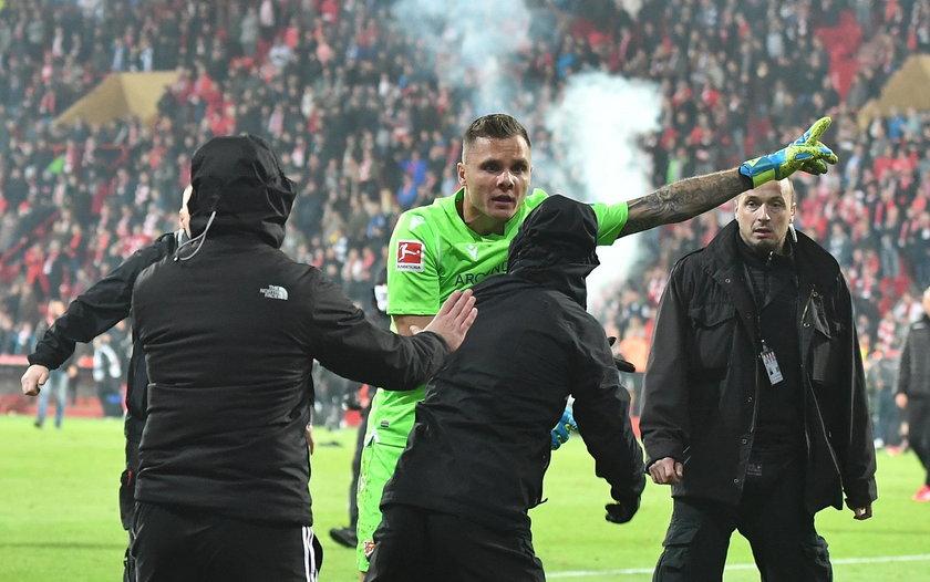 Pierwsze w historii derby Berlina w Bundeslidze skończyłyby się wielkim skandalem, gdyby nie bramkarz Unionu Rafał Gikiewicz (32 l.)