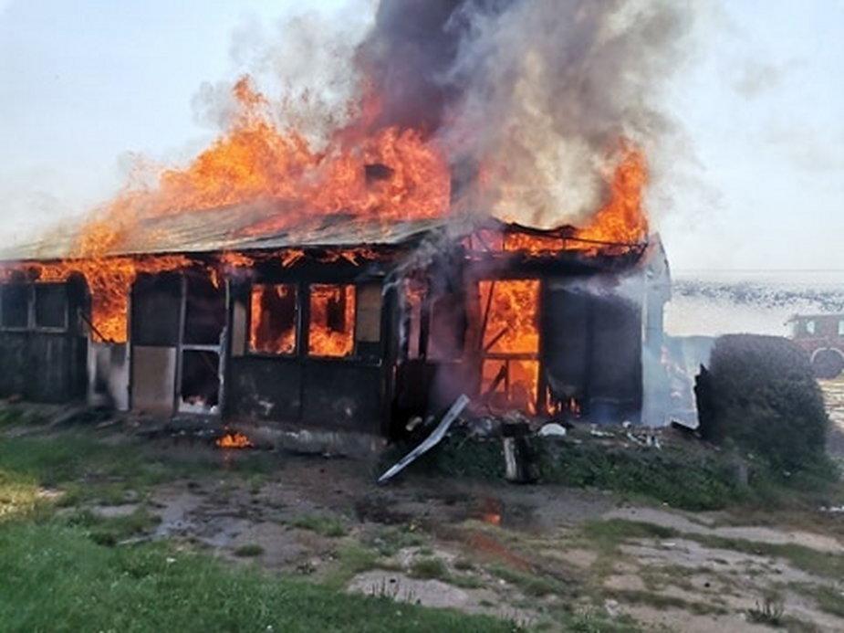 Pożar budynku mieszkalnego w miejscowości Cienia w gminie Błaszki