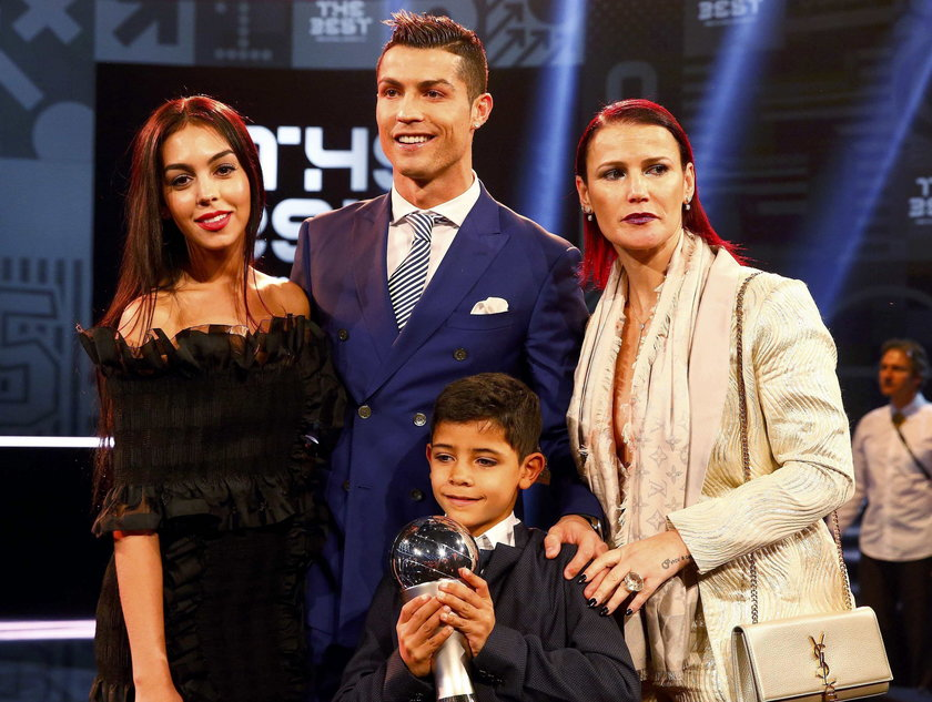 Pierwsze prywatne zdjęcie Ronaldo i jego dziewczyny