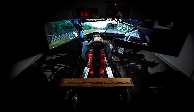 Kierowca wyścigowy 2.0 - trening na Ragnar Simulator