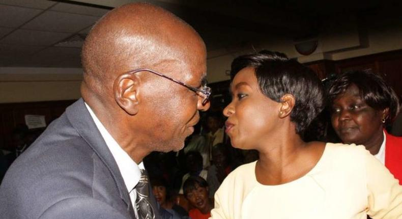Jacque Maribe's dad, Mwangi Maribe, surprises daughter with birthday cake at Milimani law courts