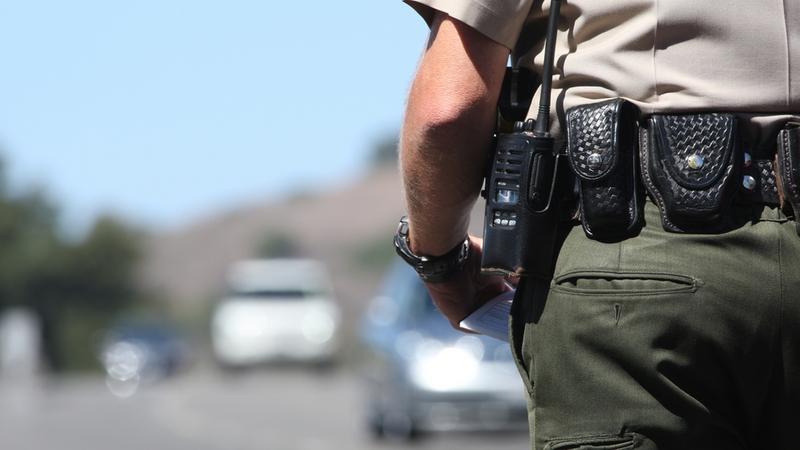 Osobiste kamery policjantów uruchomią się wraz z sięgnięciem po broń