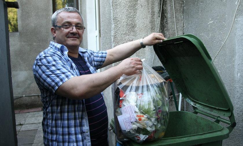 Skandal! Przez miesiąc nie przyjechali po śmieci!