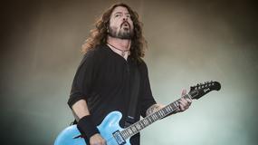 Foo Fighters grają z Rickiem Astleyem