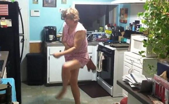 Mesečarka je očigledno poštovalac modernog plesa