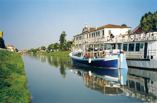Łodzie na Kanale Brenta