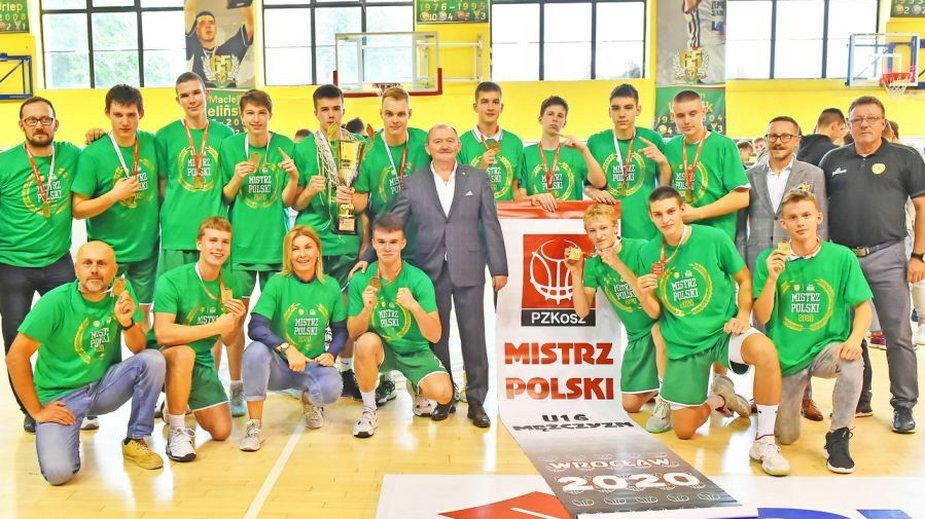 Mistrzowie Polski kadetów – Śląsk Wrocław / fot. Bogdan Elmanowski, PZKosz