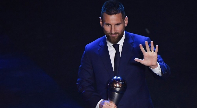 Lionel Messi wins his 6th FIFA Best's Men's Player of the Year award after beating Virgil van Dijk and Cristiano Ronaldo
