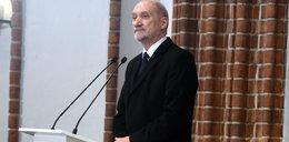 Mocne słowa Macierewicza na pogrzebie Olszewskiego