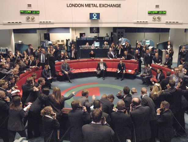 Kontrakty na rudę żelaza to obiecujący rynek