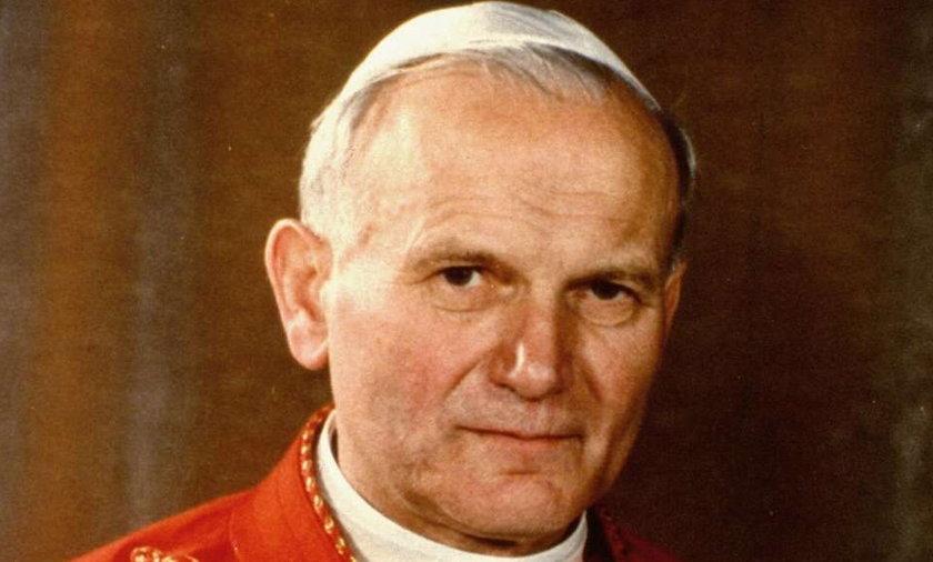 Ząb Jana Pawła II to nowa polska reliwią