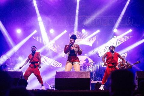 Yemi Alade thrills 10,000 in Addis Ababa, Ethiopia. (Effyzie Entertainment)