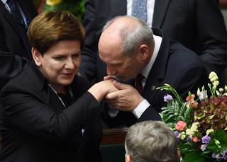 Sejm udzielił wotum zaufania rządowi Szydło