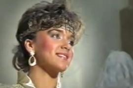 ZBOG NJEGA JE PALA U DEPRESIJU Bila je najlepša žena Juge, a onda ju je suprug JAVNO PREVARIO SA PEVAČICOM, život joj je tada postao pakao!