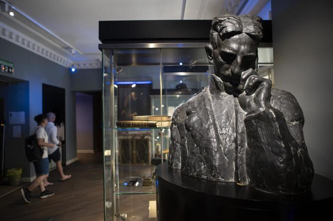 Nikola Tesla, vanvremenska inspiracija