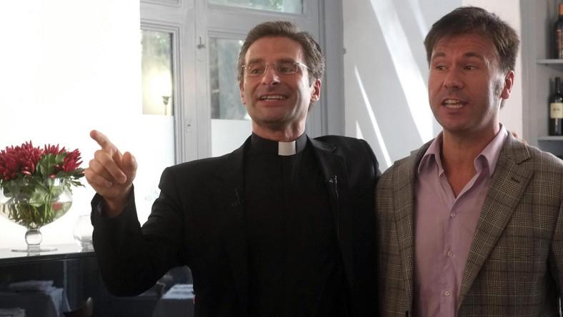 Ksiądz Krzysztof Charamsa ze swoim partnerem