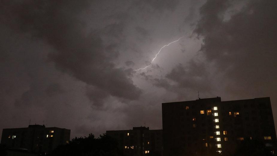 Burza w Warszawie. Zdjęcie z 11 lipca 2021 roku