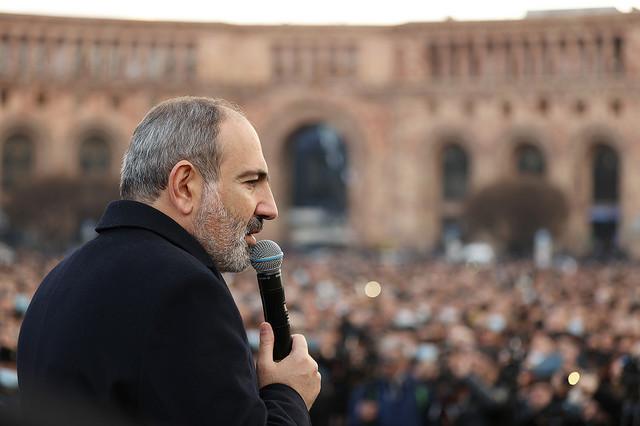 Nikol Pašinjan na skupu pristalica u Jerevanu u četvrtak