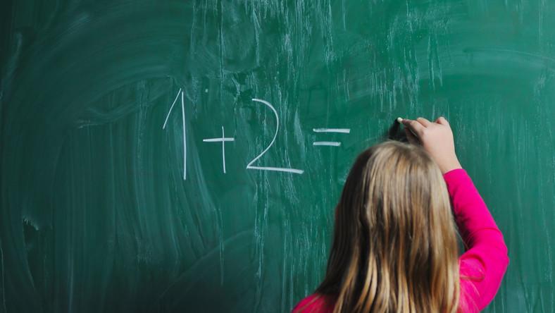 Projekt przeciw sześciolatkom w szkołach