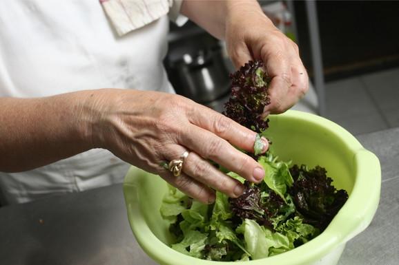 Zelena salata je takođe veoma rizična
