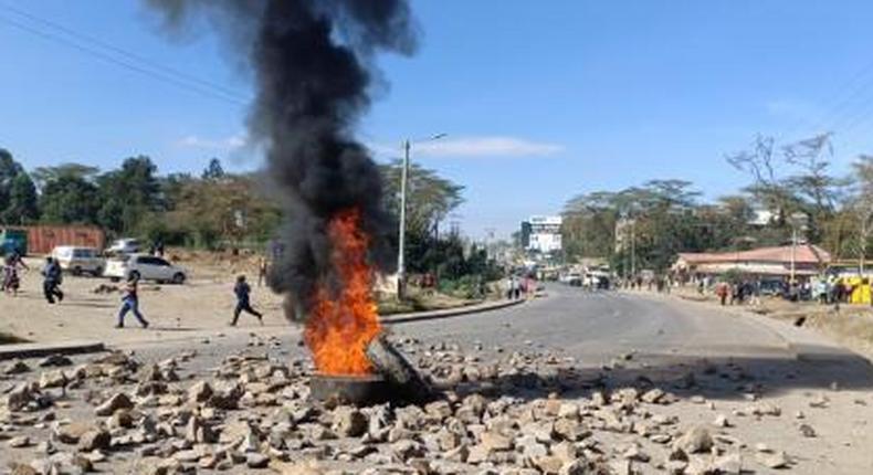 Major Highway blocked as matatu saccos clash