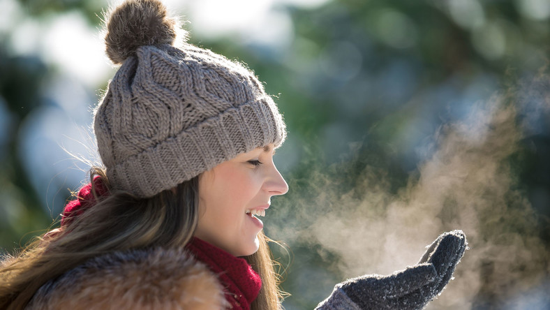 Spacer zimą, oddychanie świeżym powietrzem