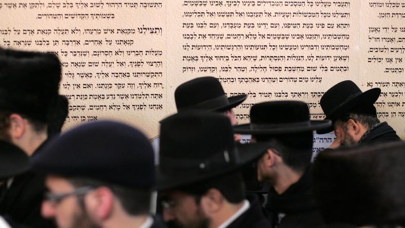 Nastolatkowie widzą w Żydach morderców Boga