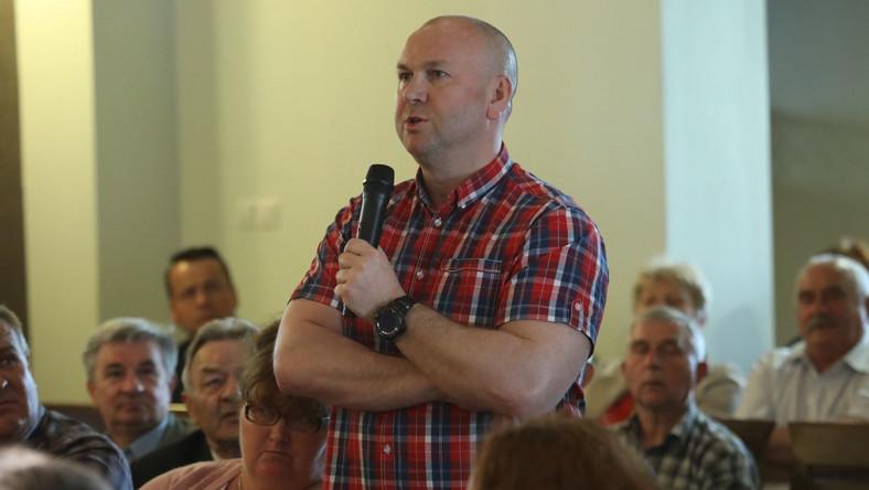 Były szef Centralnego Biura Antykorupcyjnego Paweł Wojtunik podczas spotkania z ministrem koordynatorem służb specjalnych Mariuszem Kamińskim w Białobrzegach