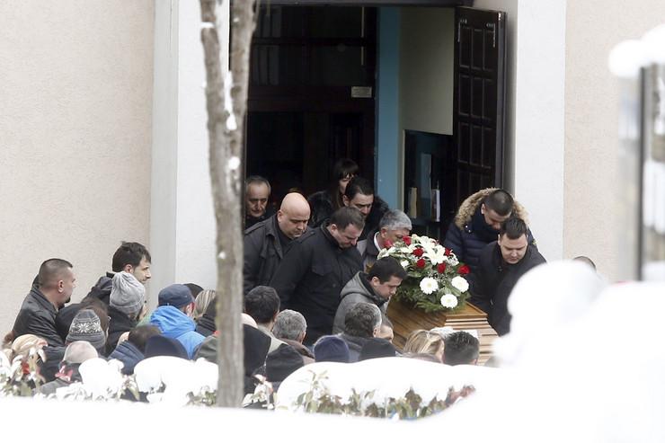 sahrana nebojsa markovic ubistvo na banovom brdu_120118_RAS foto Vesna Lalic (11)
