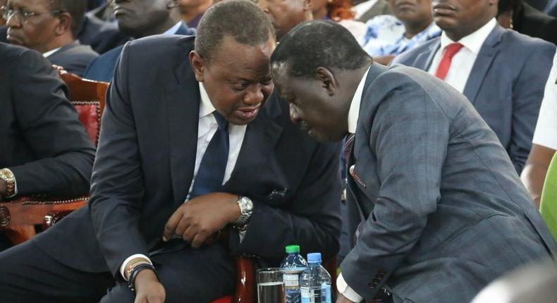 President Uhuru Kenyatta with former PM Raila Odinga at the anti-corruption forum at Bomas of Kenya (Twitter)