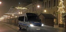 Groźna interwencja w Łodzi. Nieomal przejechano policjanta, padły strzały